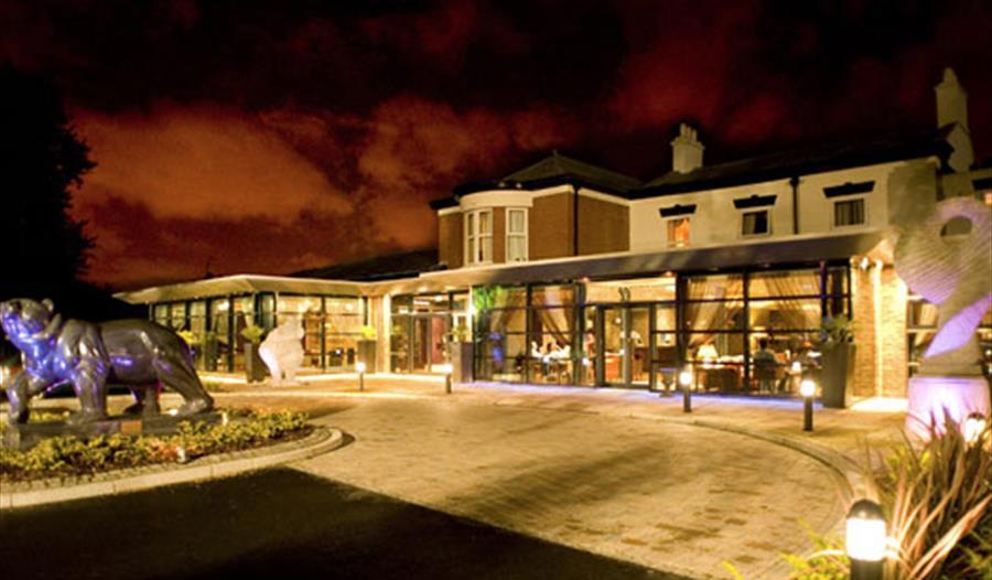 Fir Grove Hotel