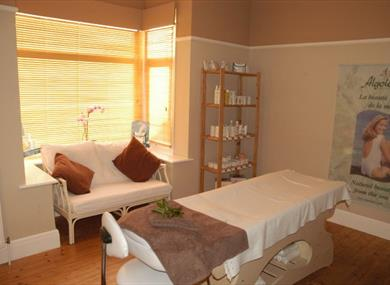 KNUTSFORD BEAUTY SPA