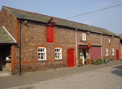Red House Farm Shop and Tearooms