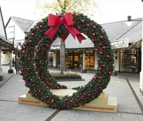 Service with a smile — how to spend Black Friday at Cheshire Oaks Designer Outlet