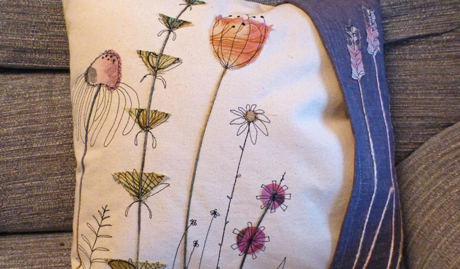 Free-motion Machine Embroidery Masterclass with Jo Hill