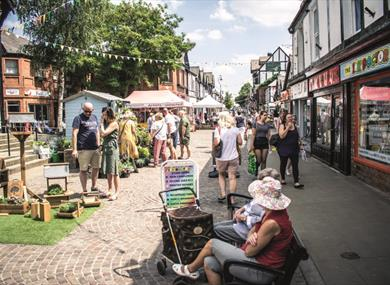 Northwich Artisan Market Crowds and Stalls