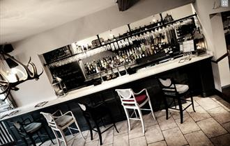Piste Wine Bar & Restaurant