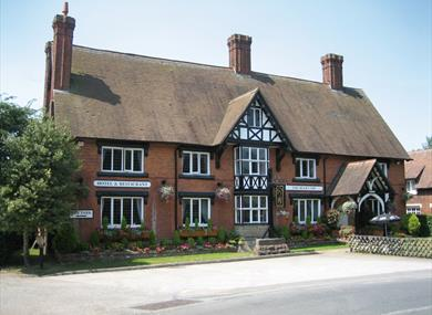 The Bear's Paw Inn, a 19th century character inn