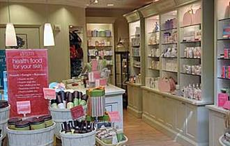 Crabtree & Evelyn interior