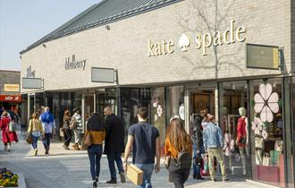 Cheshire Oaks Designer Outlet for Groups