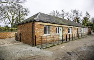 Self Catering at Betley Court Farm